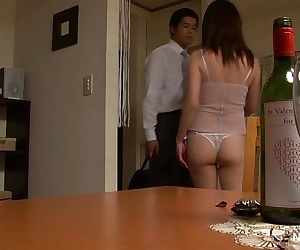 Japanese slut satisfies her..
