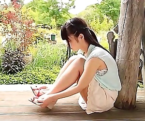 Beautiful Japanese girl very sexy, see free full HD at www.linkbabes.com/ULWZ - 3 min