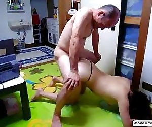 eat pussy Japanese MILF Doggyfucking Free Home Made Porn Video Japanesemilf.xyz - 3 min